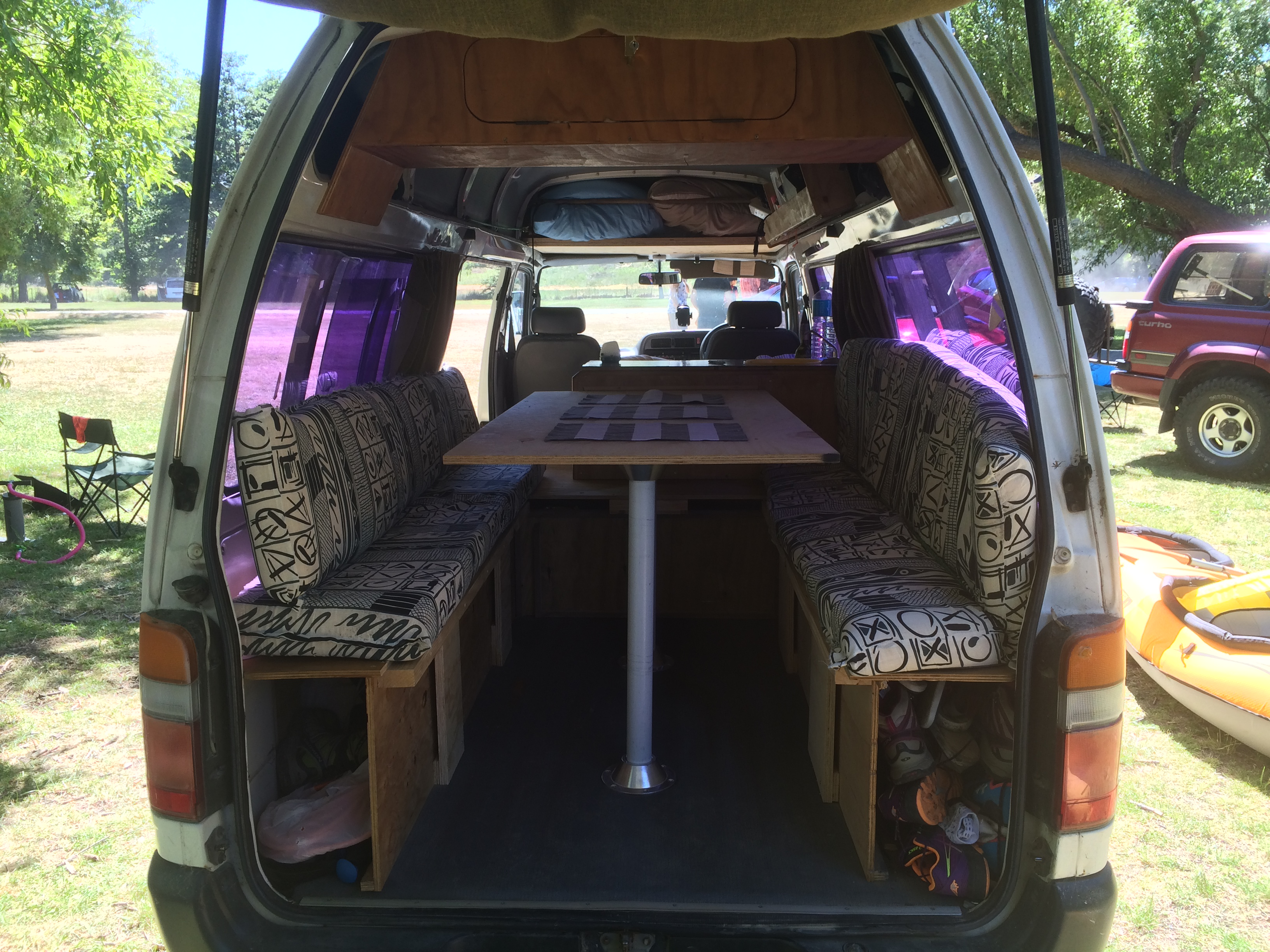 Souvent Toyota hiace campervan 1998 self contained - Frogs-in-NZ PZ19